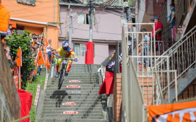 Marcelo Gutiérrez Champion at Downhill Urbano Manizales